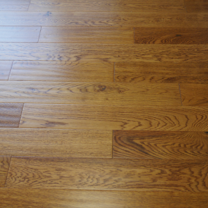 125mm x 18mm Oak Golden Handscrapped Lacquered Engineered Wood Flooring