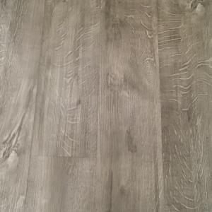 Royal Oak SPC Engineered Vinyl Click Flooring 181mm x 5mm x 1220mm with built in underlay