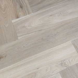 150mm x 14/3mm x 600mm Oak Invisible Stain Matt Lacquered Herringbone Engineered Rustic Click Flooring