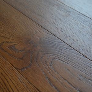 127mm Golden Hansdscraped Lacquered Engineered Wood Flooring