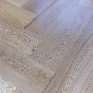 90mm x 14mm x 450mm Oak Lacquered Herringbone Engineered Rustic Flooring