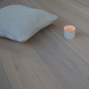 190mm x 14mm White Oiled Oak Classic Engineered Wood Flooring