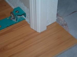 Image courtesy by: diy-laminate-floors.wonderhowto.com