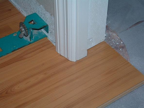 How To Lay Laminate Flooring Through A, How To Lay Laminate Flooring